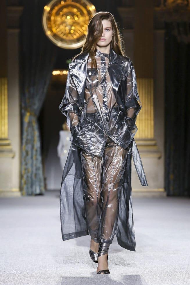 4f6c04204b61a5 Paris Fashion Week: quatro tendências de tecidos e modelagens detectadas  pela TexPrima